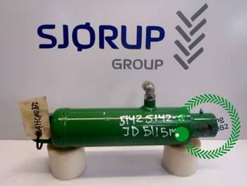 salg af Liftcylinder John Deere 5115M