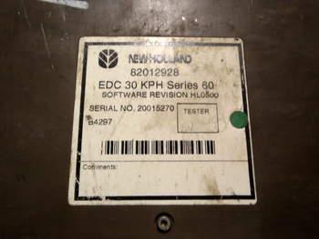 salg af ECU New Holland 8260
