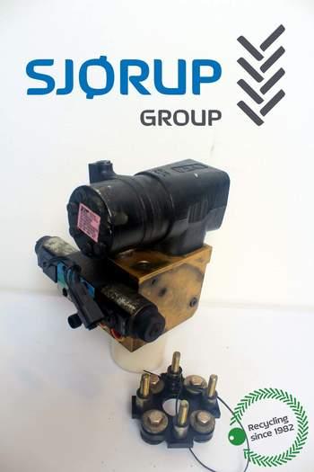 salg af Styreorbitrol New Holland T8050